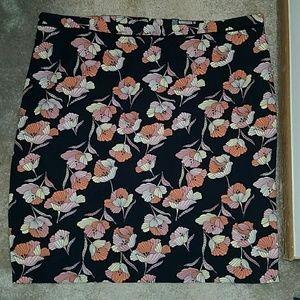 Who What Wear floral straight skirt